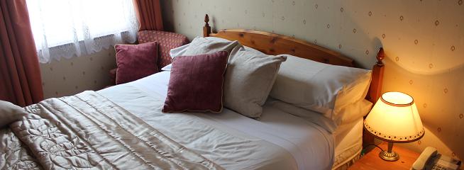 Double Room with en-suite – Room 4