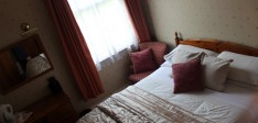 Double Room with en-suite – Room 4