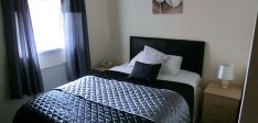 Single room with en-suite Room 12